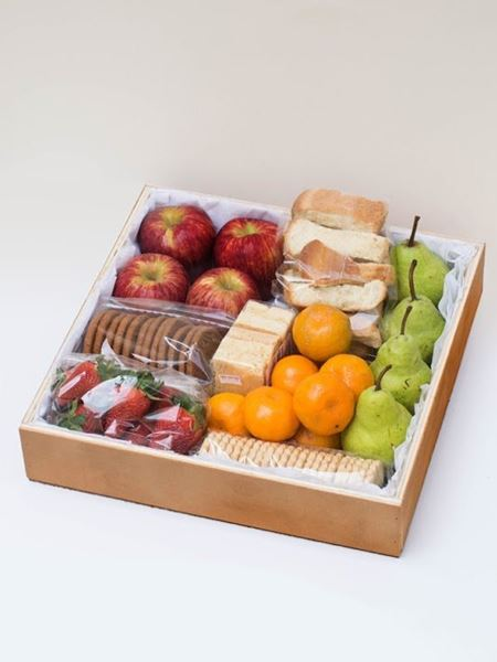 Snack & Gift Hampers: A Fruitful Surprise
