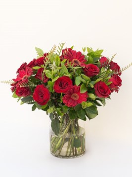 Arrangements: Red Beauty