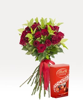 Bouquets: Hand Tied Red with Lindt Lindor