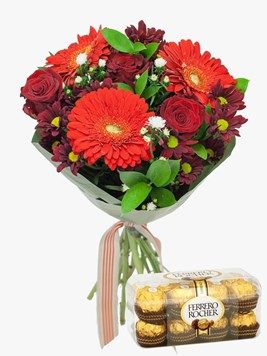 Bouquets: Ruby Red Love with Ferrero Rocher