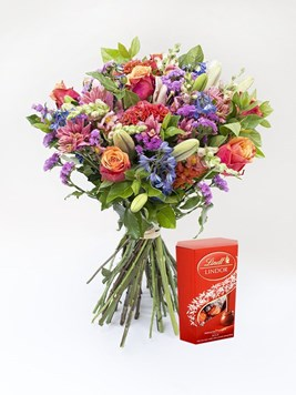 Bouquets: The Grateful Bouquet with FREE Lindor Chocolate